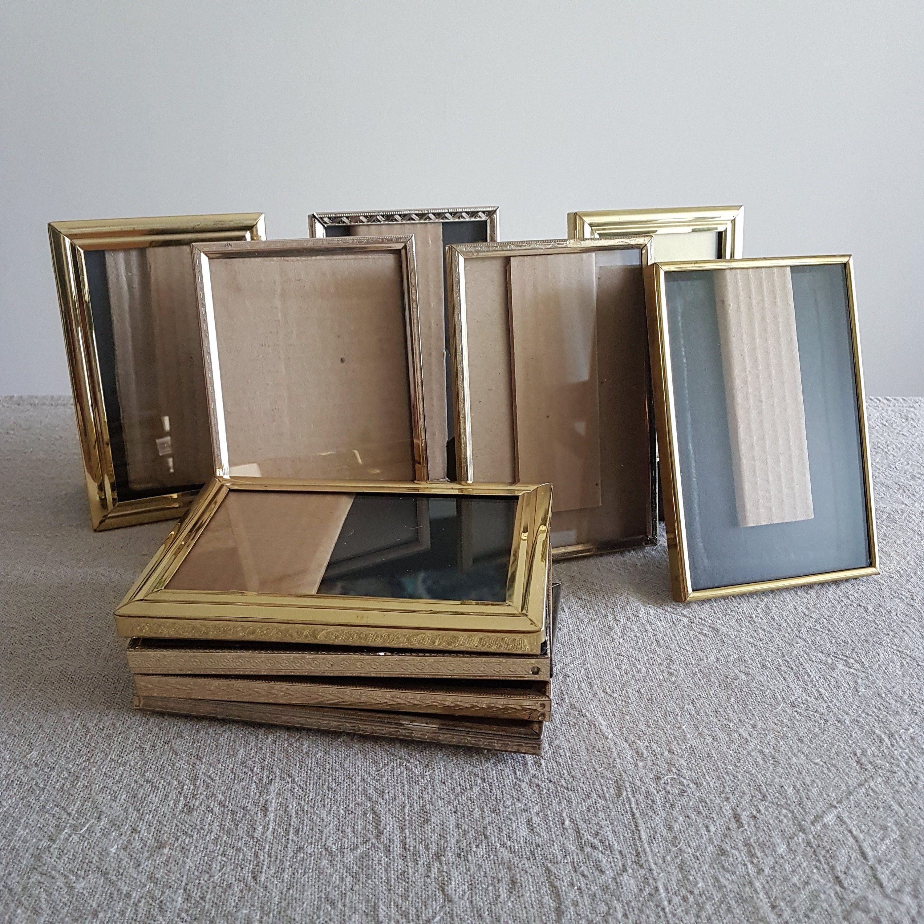 Set Of Ten Shabby 4 X6 Gold Metal Picture Frames Photo Frames Wedding Signs Centerpieces Table Numbers Bulk Frames Supplies 10x15 Cm Metal Picture Frames Photo Wall Gallery Vintage Frames