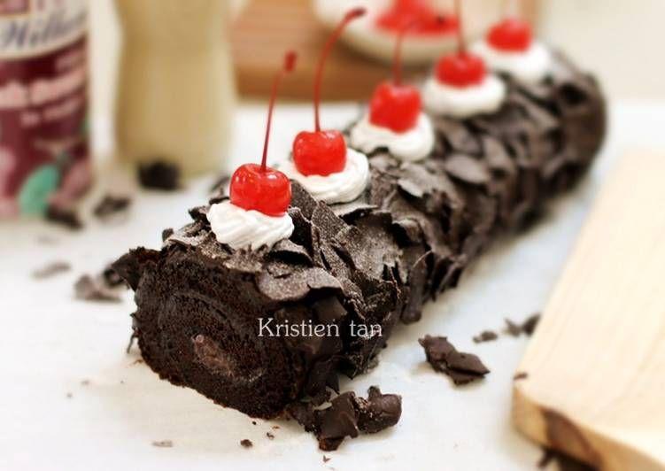 Resep Black Forest Roll Cake 6 Telur V Oleh Tintin Rayner Resep Kue Gulung Kue Lezat Makanan Manis