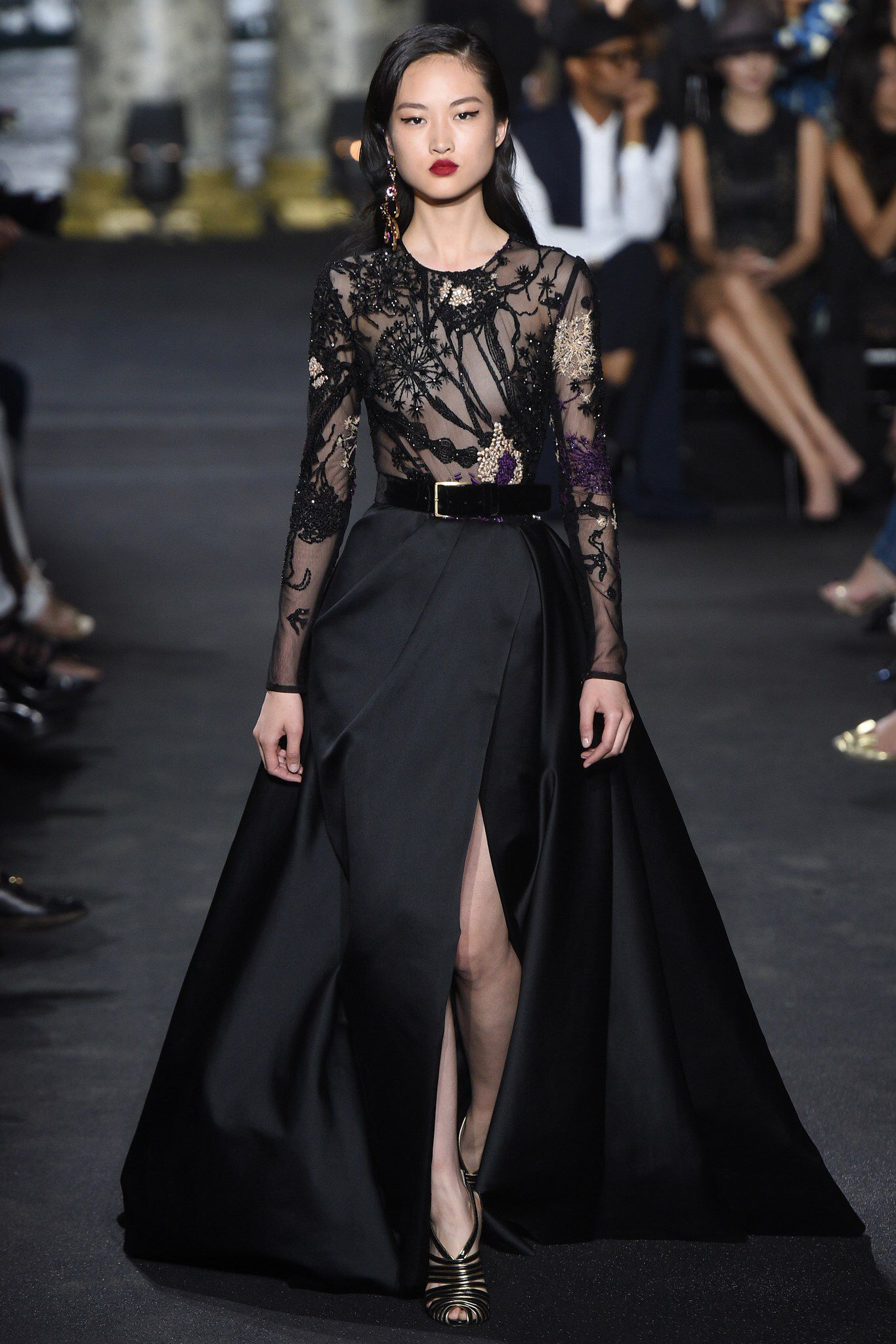 Elie Saab Fall 2016 Couture Fashion Show in 2018  3e1d817f666c6