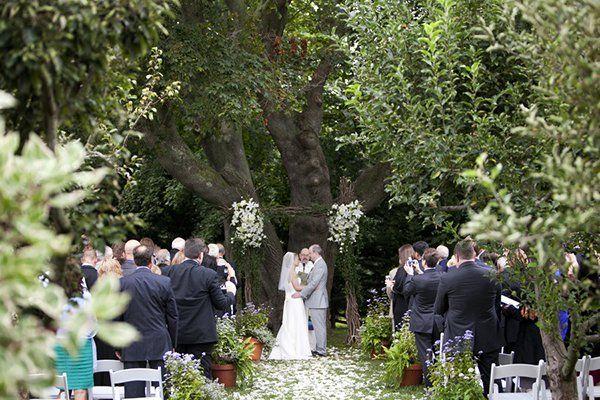 50 Ideas for a Classic Fairy Tale Wedding | Intimate wedding ...
