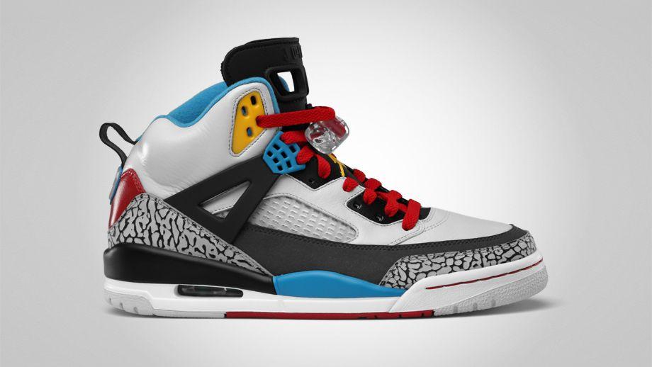 Explorez Chaussures Jordan Rétro et plus encore !