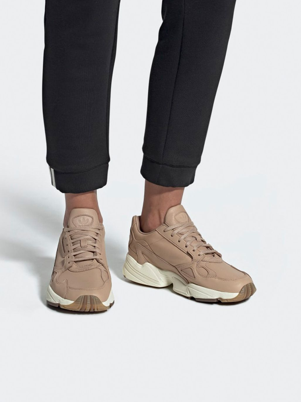 Adidas Originals Falcon W Ash Pearl | Womens sneakers, Pink ...