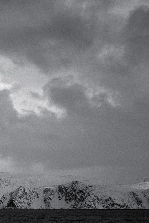 Skyfall 4/4 • Måsøya, Norway • From Havøysund to Honningsvåg, along a heavy snowstorm  • landscape | panorama | panoramic | large format | print | original | photography | image | interior design ideas | wall decor