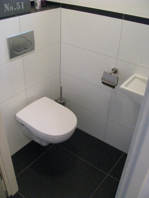 afbeeldingsresultaat voor toilet witte tegels nieuwbouw toilet