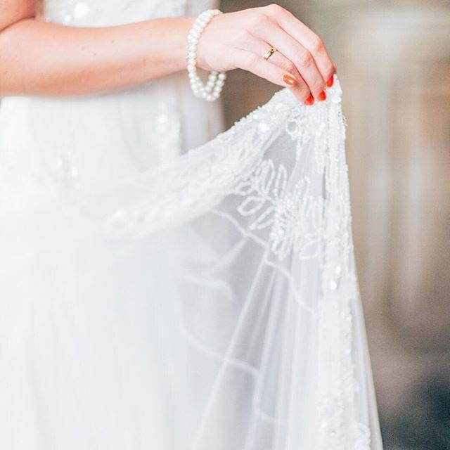 Tolle 20s Arthochzeitskleid Bilder - Hochzeitskleid Für Braut Ideen ...