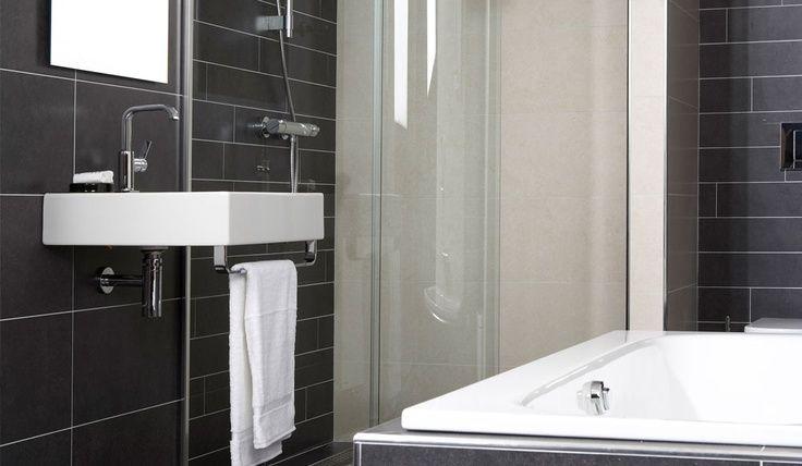 Baderie Sanitair Badkamer : De space line badkamer is een bijzondere combinatie van de