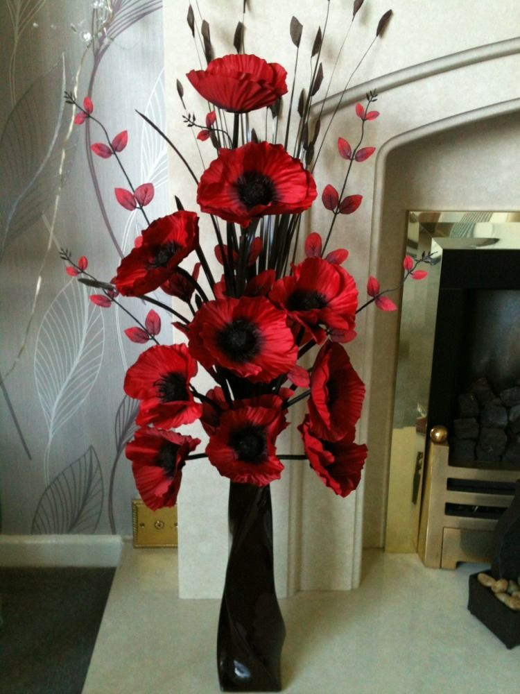 Modern Red Centerpieces : Artificial silk flower arrangement in red poppies black