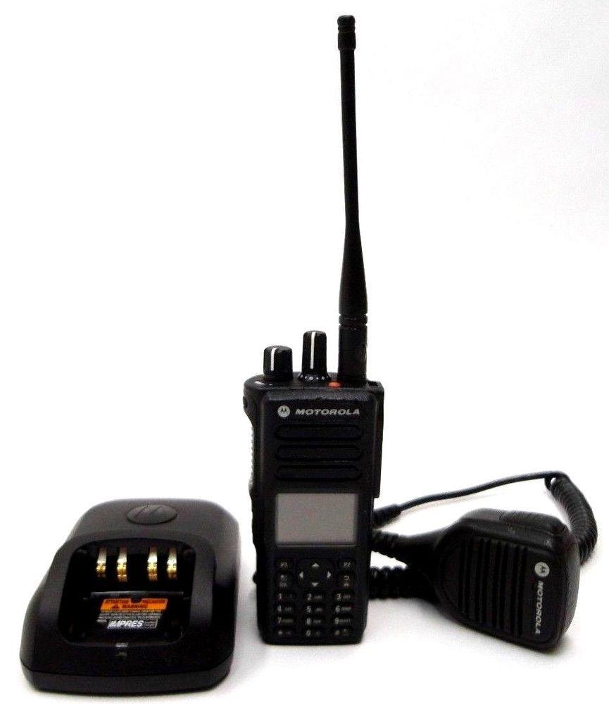 Motorola MotoTRBO XPR 7550e UHF Two Way Radio Walkie Talkie