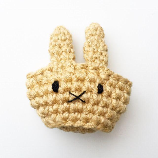 Photo of Ein super süßes Häkelmuster für Osterhasen-Eierbecher