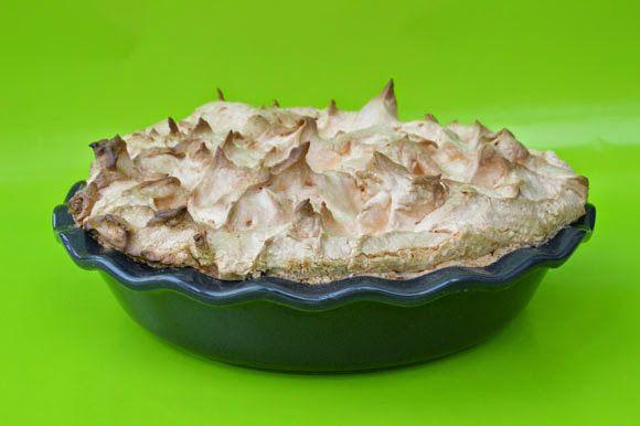 Citroen merengue taart - Carola Bakt Zoethoudertjes