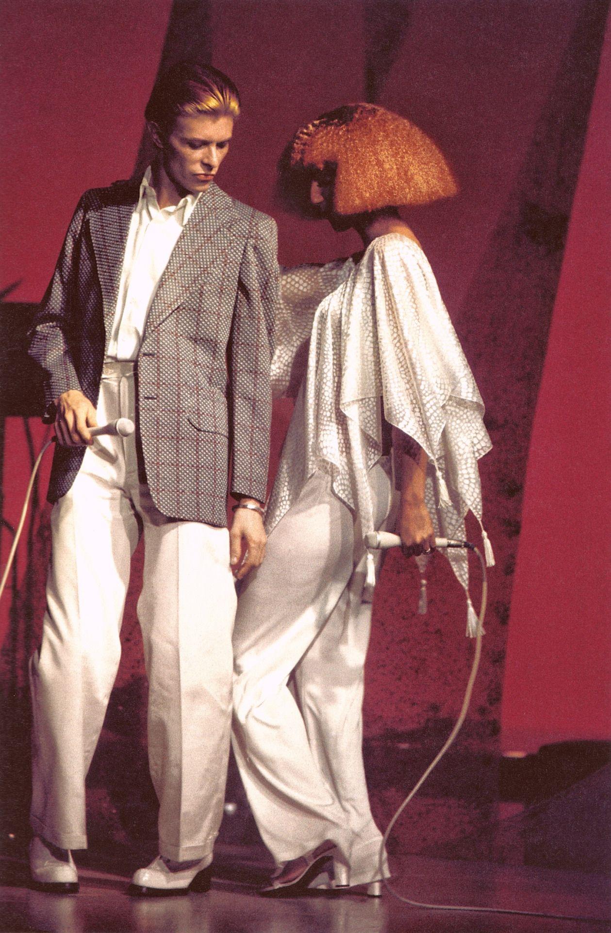 """ The Cher Show, November 23, 1975 © Steve Schapiro (unreleased photo from Schapiro's book) """