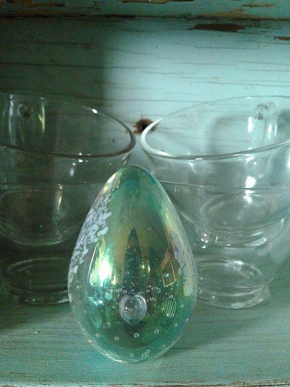 Blown Glass Paperweight Glass Eye Studio Egg by HideNseekAntiques
