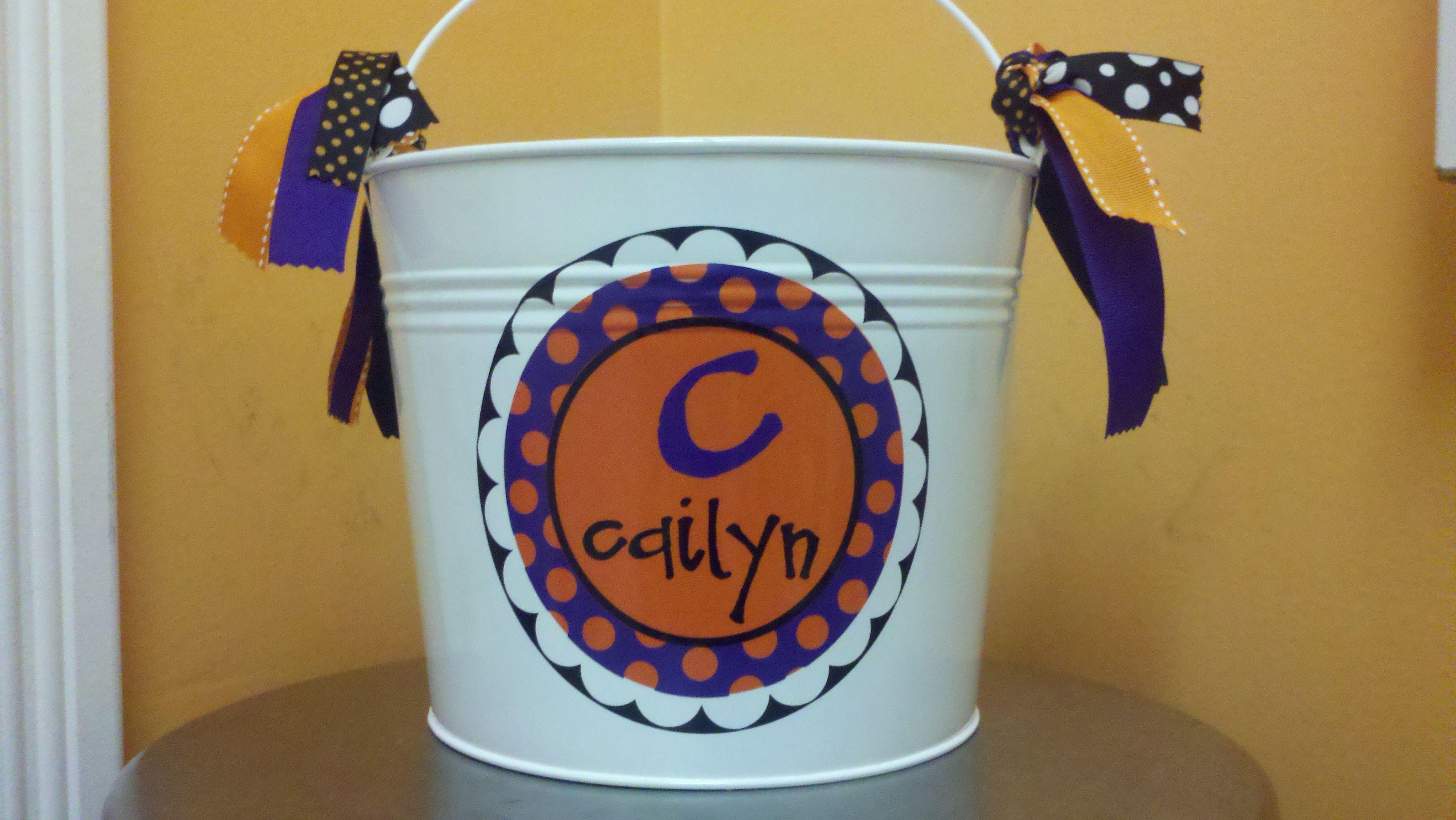 Trick or Treat Bucket Halloween bags, Treat bucket
