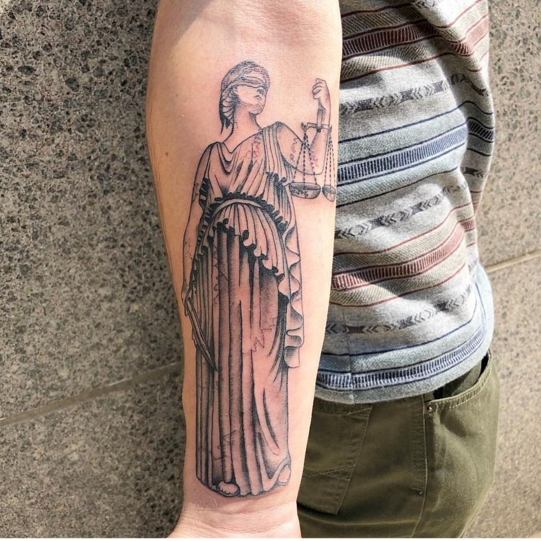 Lady Justice By Jason Parker At Freedom Ink In Peoria Il Justice Tattoo Tattoo Designs Men Tattoos