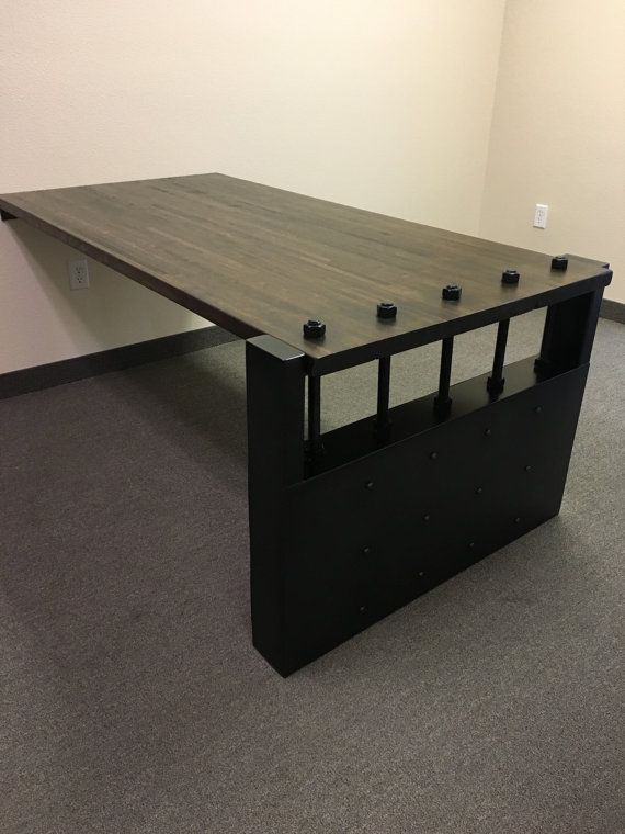This Desk Has A Thick Solid Real Wood Top And Steel Legs This Desk Can Be Made With 2 Legs Or Can Attach T Escritorio Flotante Escritorios Escritorio Moderno