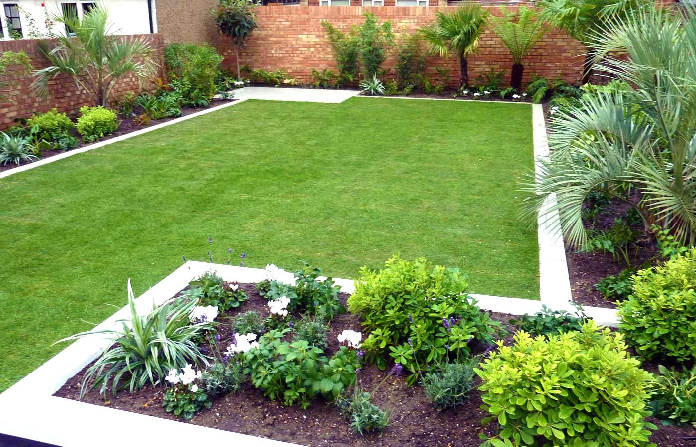 Simple garden designs no fret small garden design for Landscape layout ideas