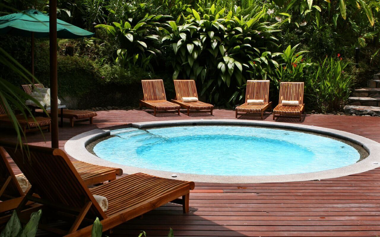 20 Beautiful Examples Of Plunge Pools Small Inground Pool Small Pool Design Mini Swimming Pool