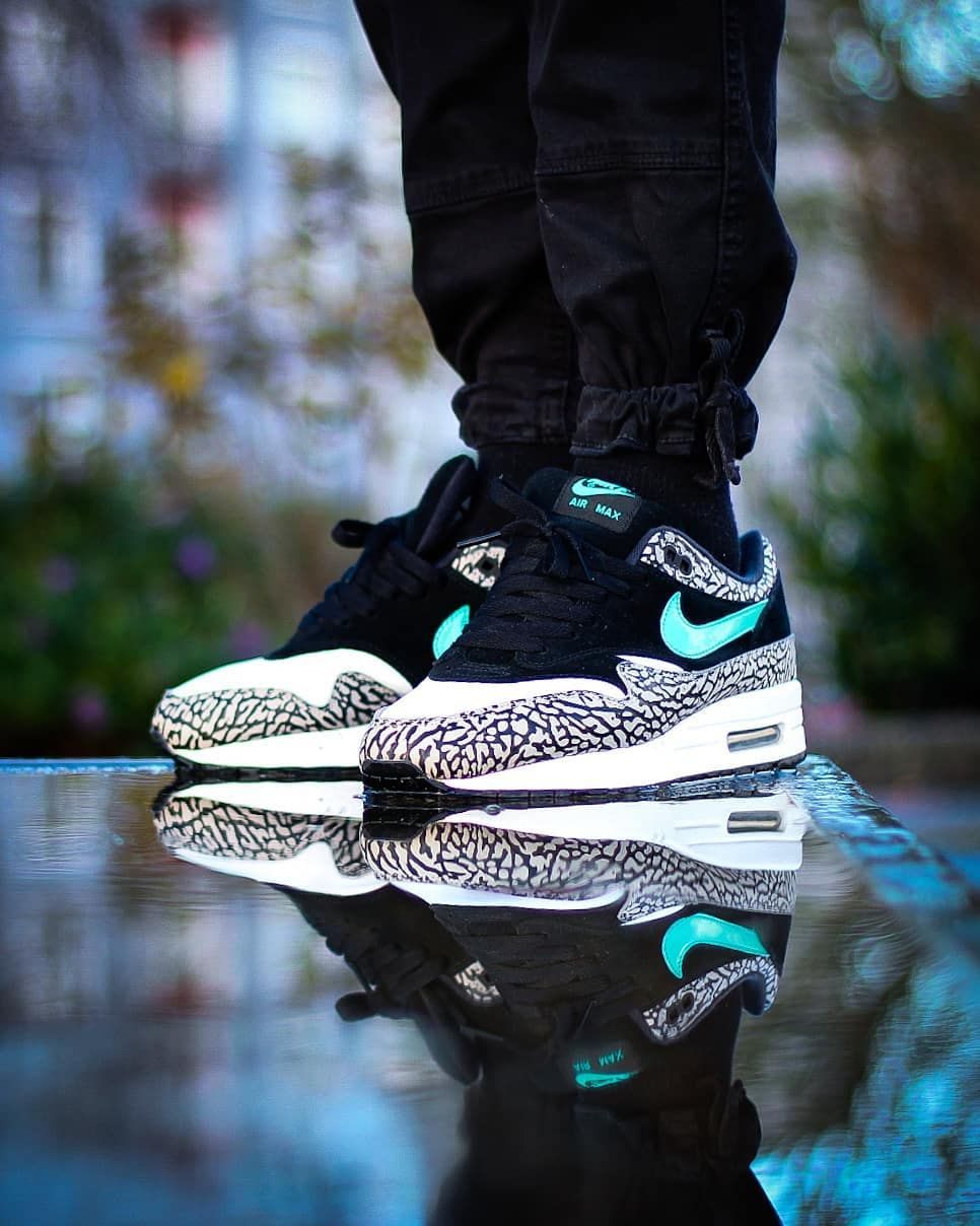 nike air max one elephant print