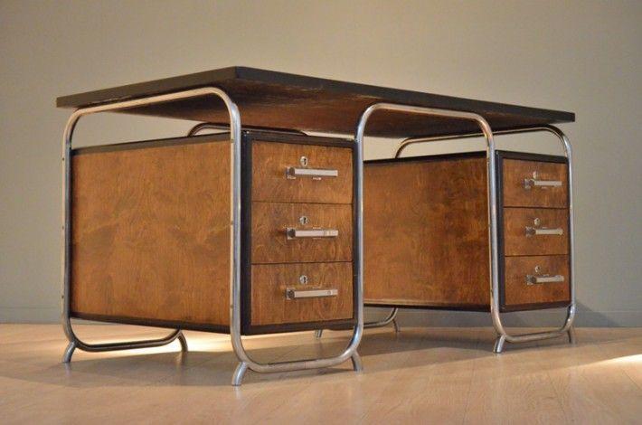 XL German Bicolored Bauhaus Desk 20ème Siècle