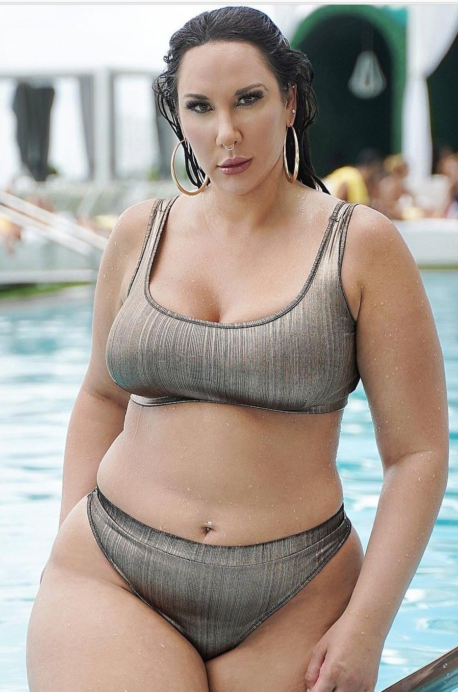 c59f998e5e1 Badfeet👣: Amber Botros | Amber Botros in 2019 | Plus size swimsuits ...