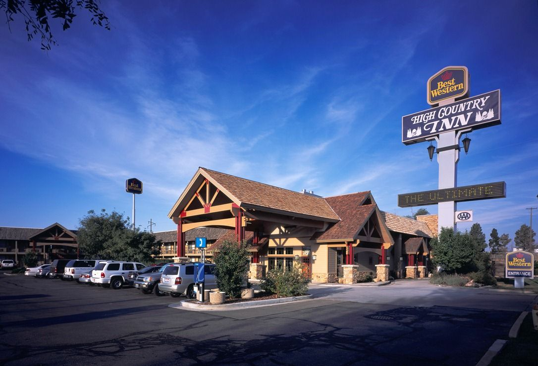 Discover this award winning Ogden, UT hotel convenient to