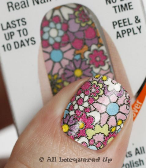 Sally Hansen Salon Effects Nail Polish Strips So Pretty Easy And Quick To Apply Cant Get Enough Of This Awesome New Idea