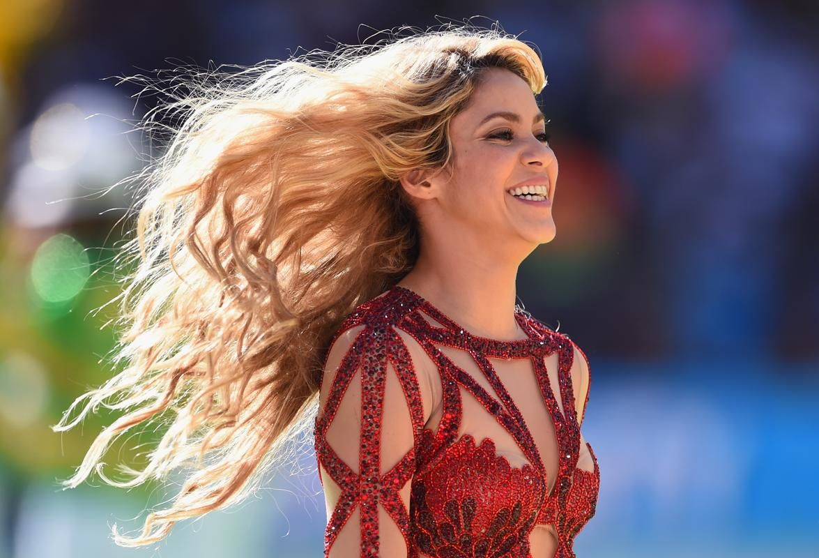 Shakira 2014 World Cup With Images Shakira Fifa World Cup Fifa