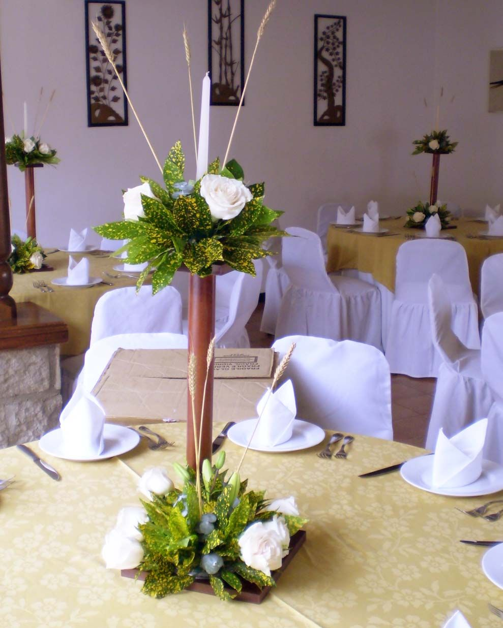 centros de mesa primera comuni n con flores imagui