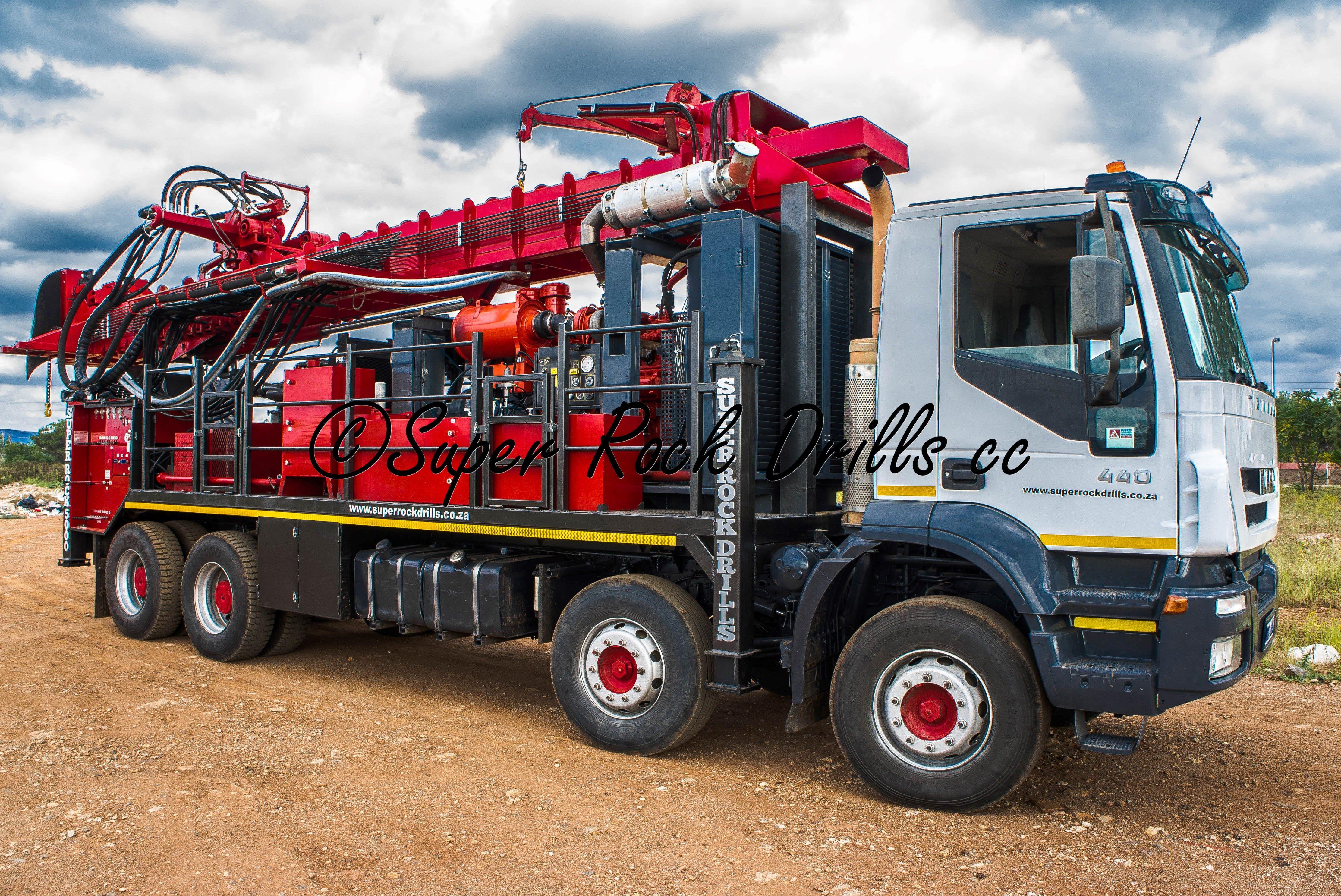 A Super Rock 5000 Rc Drill Rig Drilling Rig Drilling Machine Drill
