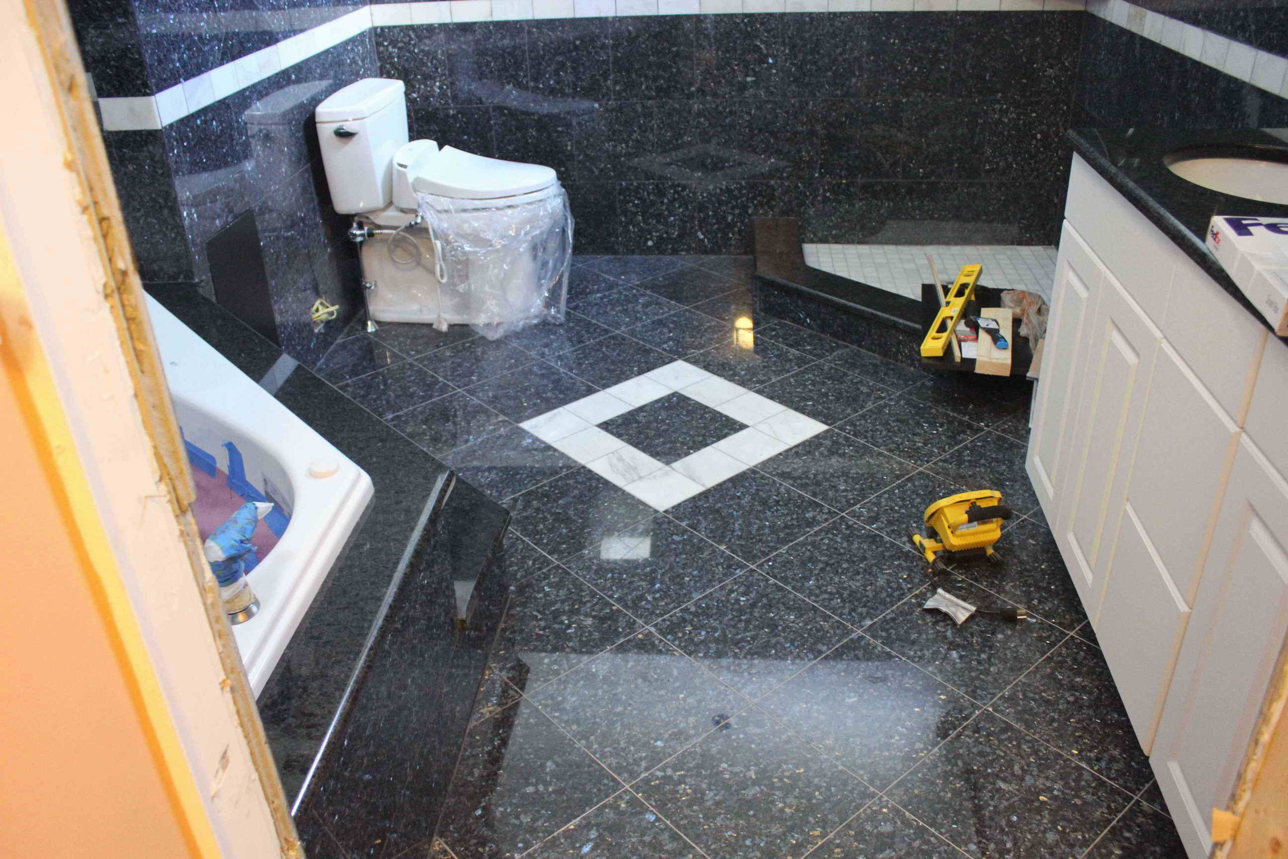 Badezimmer Blue Pearl Blue Pearl Granite Floor Kitchen Instead Of Bath Home