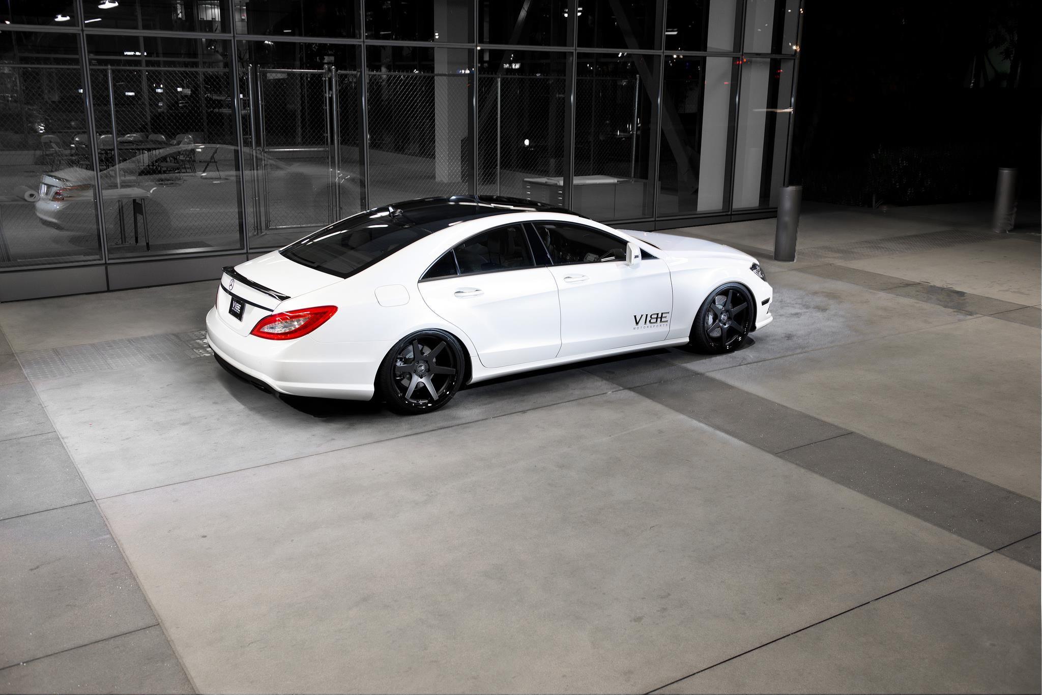 Mercedes Cls550 On 20 Concept One Cs6 0 Vibe Motorsports Photo 11615 Mercedes Cls550 Custom Mercedes Benz Mercedes Benz Models