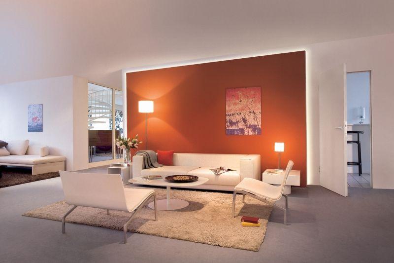 Indirekte Wohnzimmerbeleuchtung hinter vorgesetzter Wand ...