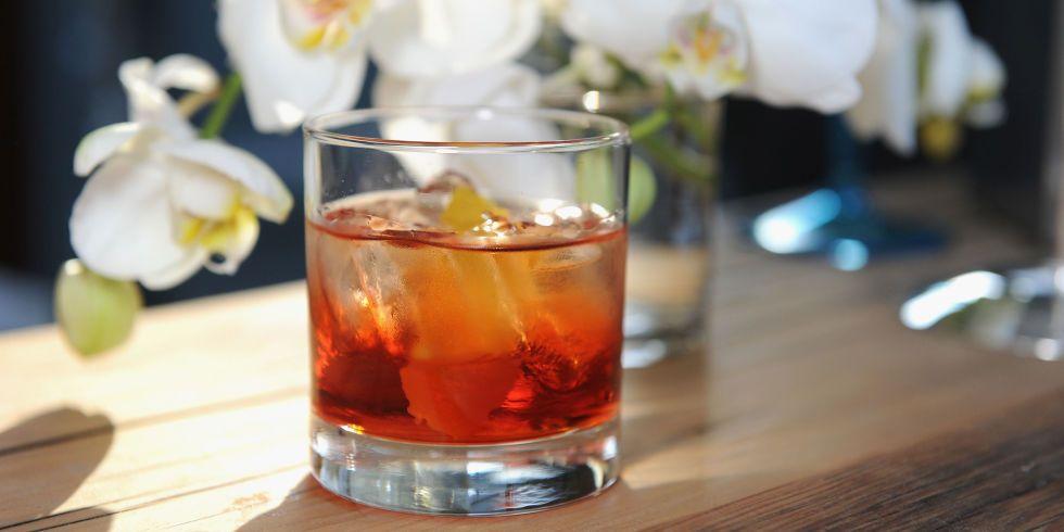The Ultimate Negroni Recipe Popular Bar Drinks Negroni Recipe