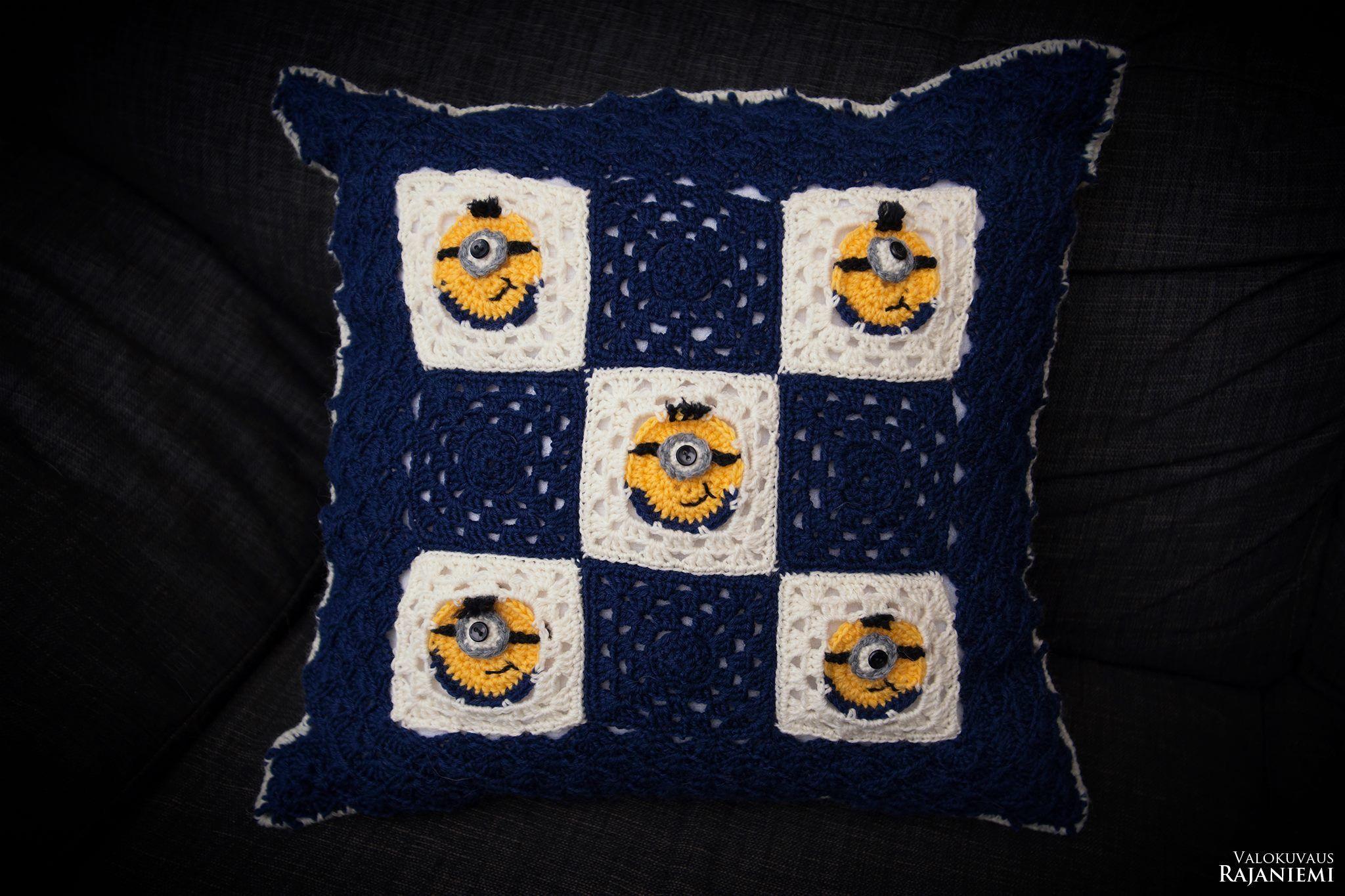 Crochet Minions pillow | Crochet Crafts | Pinterest