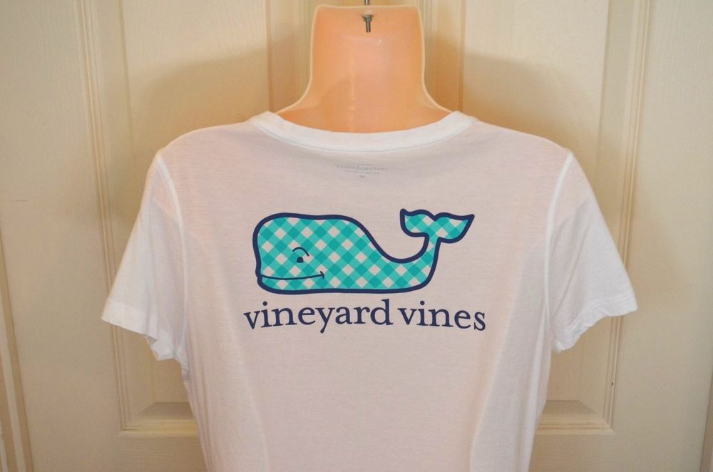 2572bad86 Vineyard Vines Ladies White Pima Cotton Tee with Gingham Whale-Size M-BNWoT  #vineyardvines #GraphicTee