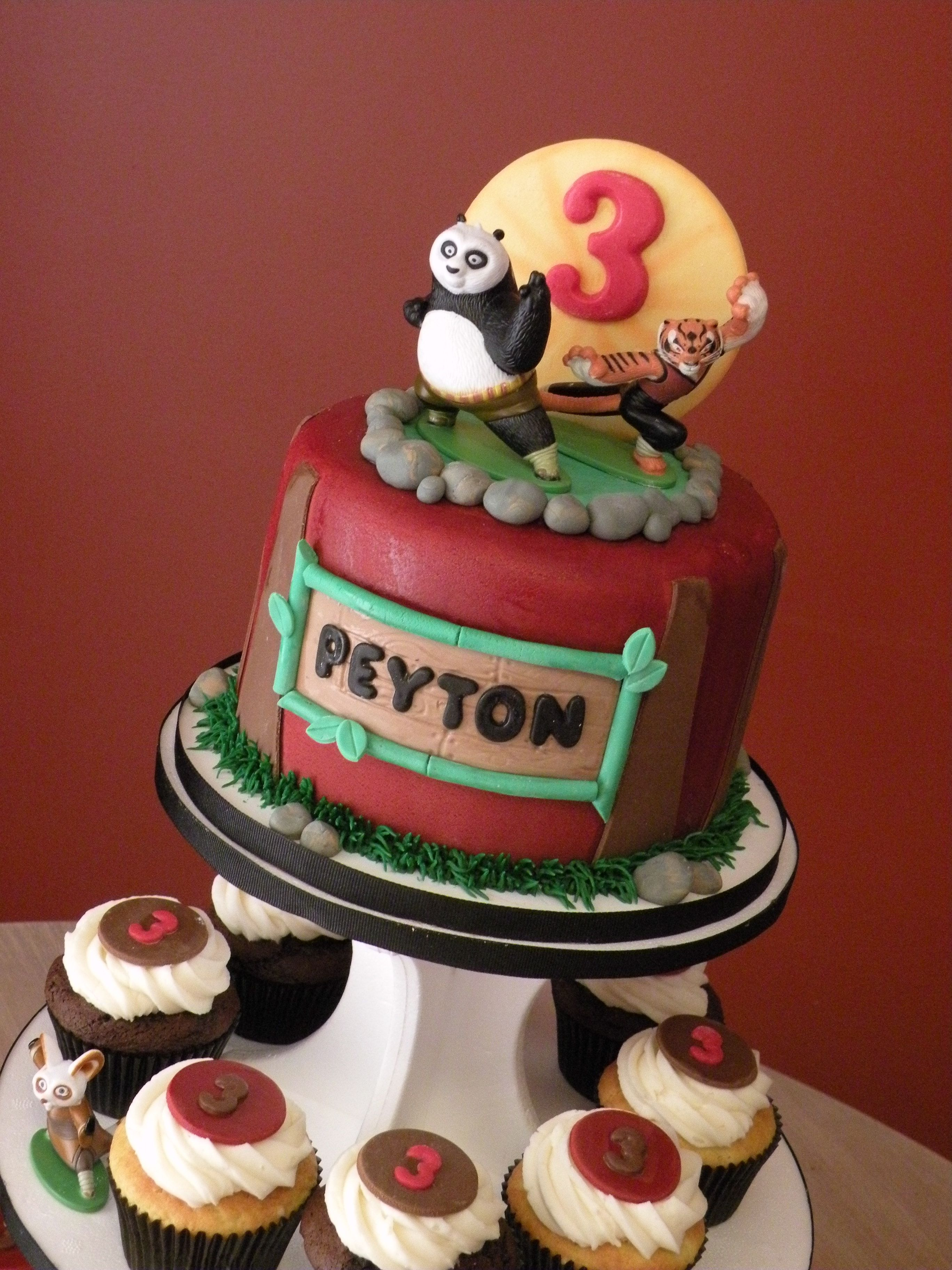 Kung Fu Panda Cake Cupcakes Cake Chicks Cakes In 2018