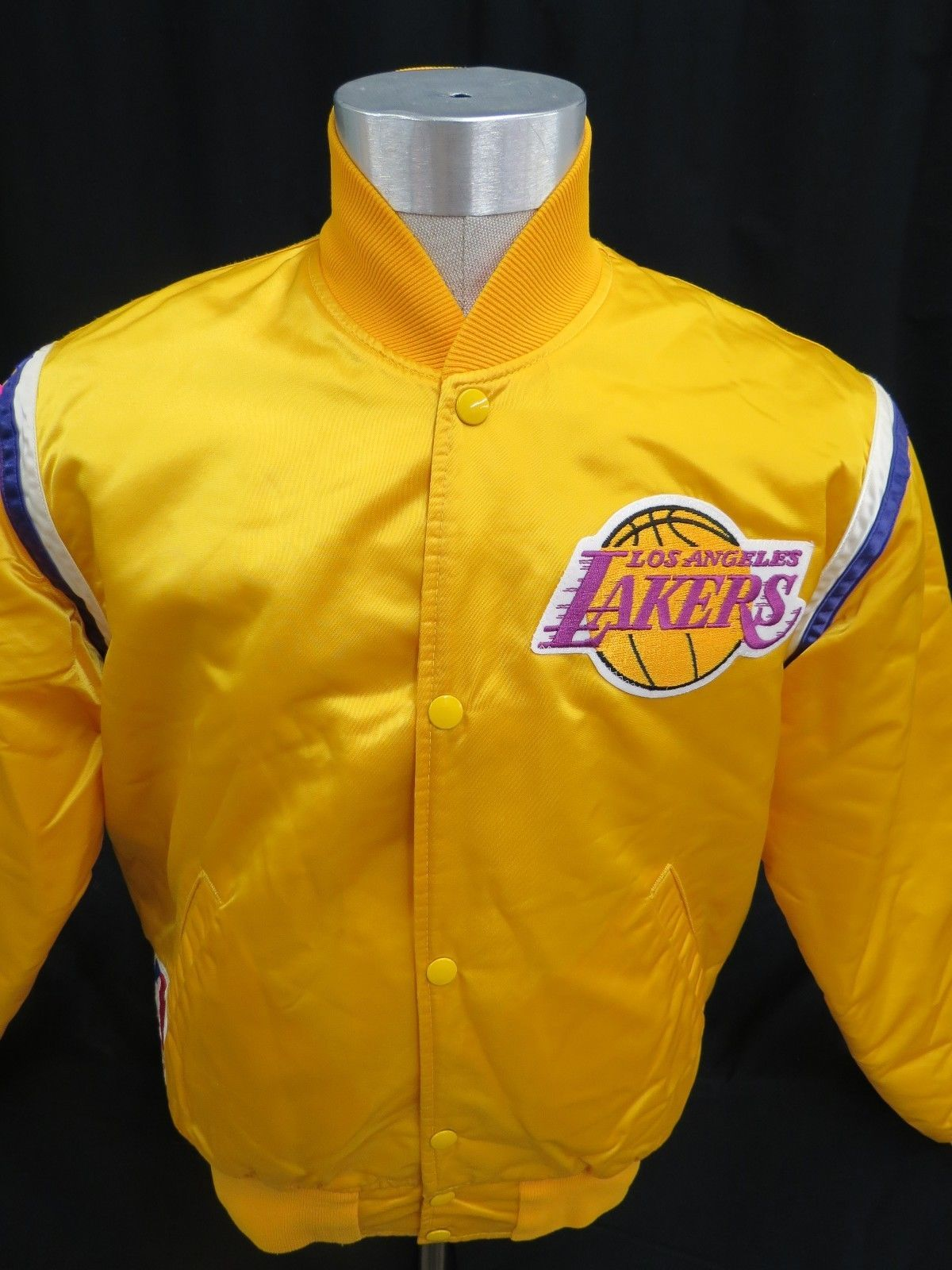 f3fad2c0ff4 Los Angeles Lakers Starter Jacket Satin Yellow Mens M Vintage 90s ...
