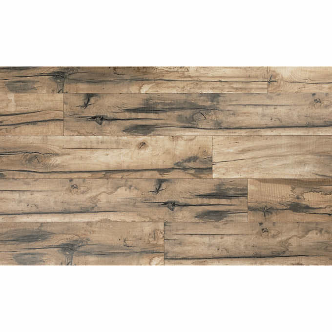 Mohawk Home Laurel Glen Oak 10mm Laminate Flooring With Splashdefense Technology 2mm Pad Attached In 2020 Mohawk Home Laminate Flooring Laminate