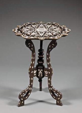 Pingl par sophie z sur salon pinterest meubles for Meubles orientaux