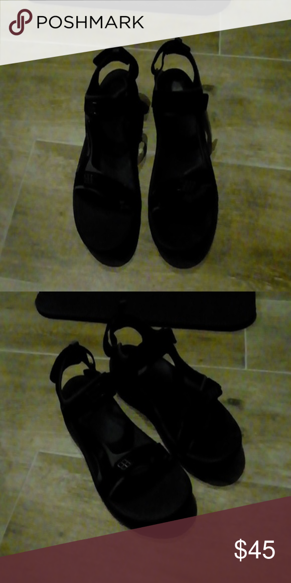9262f68ff79d Teva Minam Black Sandals - New in the box! Teva Mens Minam Black Sandals  Teva