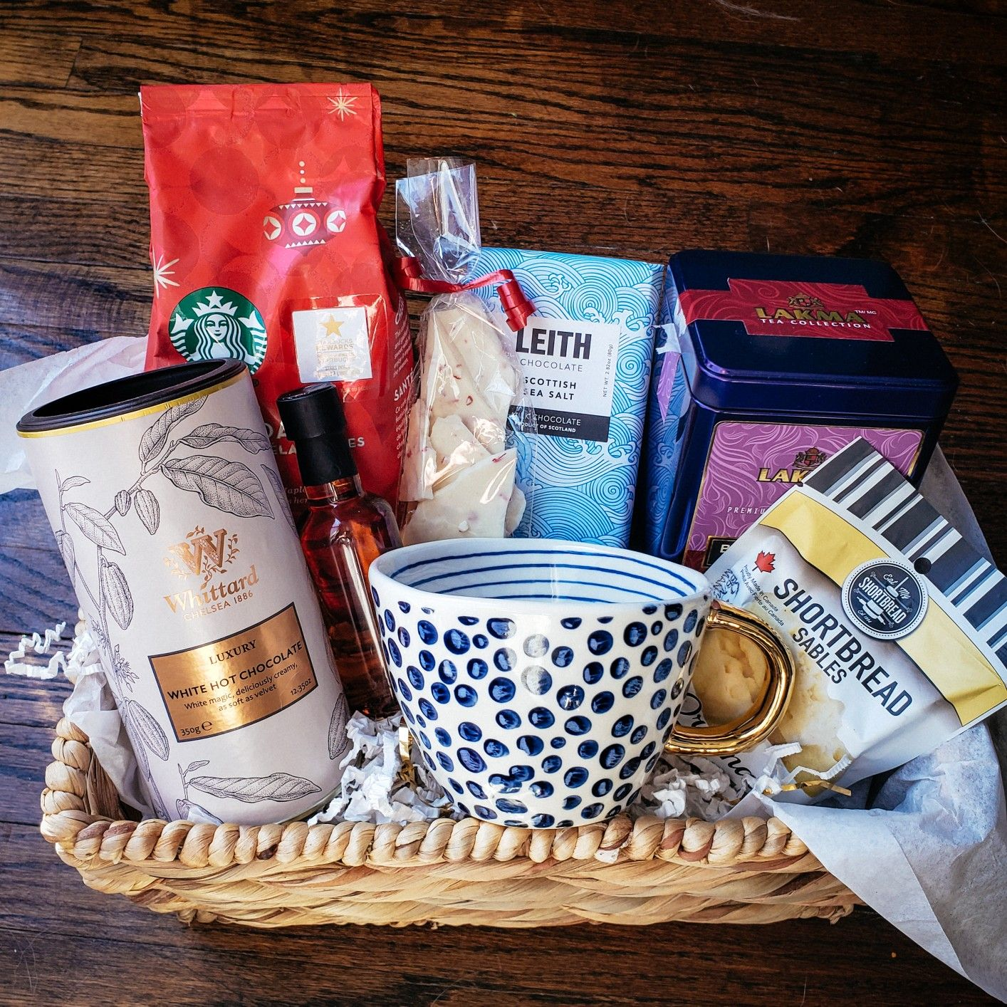Speciality coffee gift basket. Starbucks coffee kit