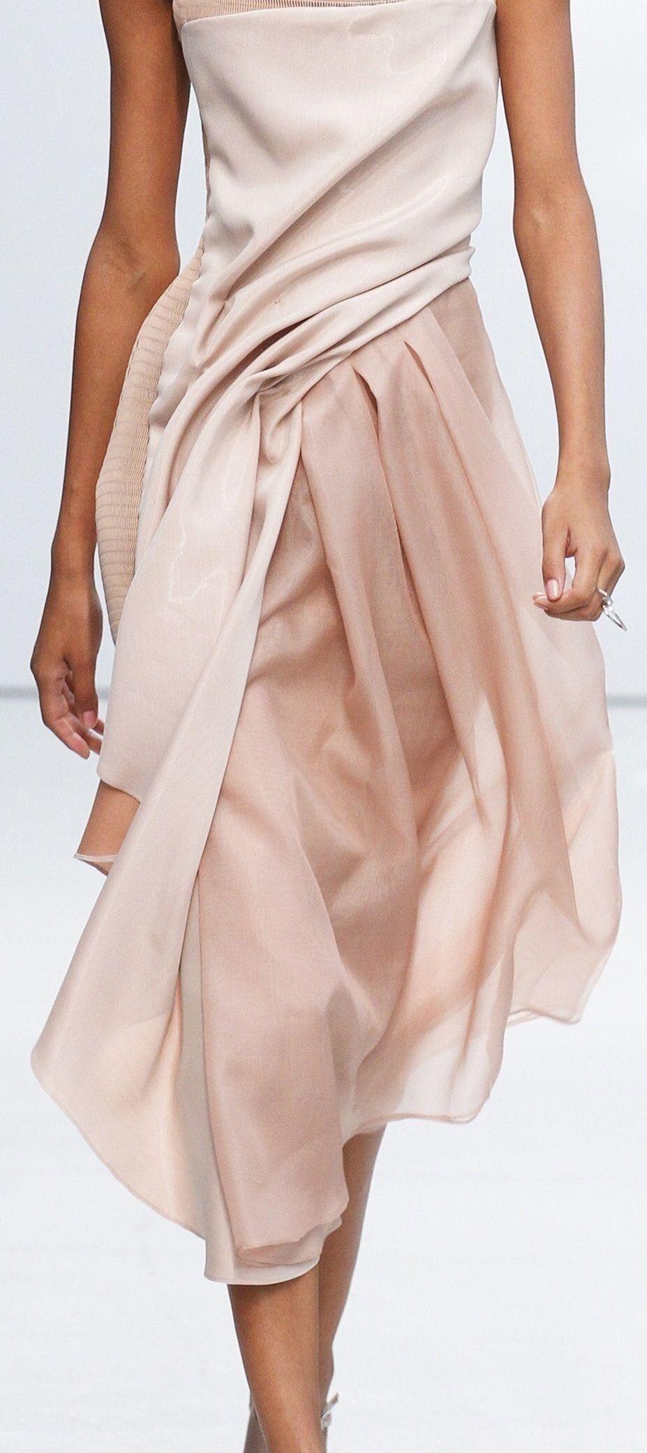 Pin de Maria Lafuente en Dresses   Pinterest   Vestido rosado ...