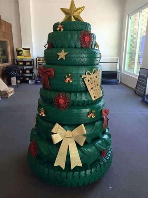 Arvore De Natal De Pneu Com Imagens Arvore De Natal Diy