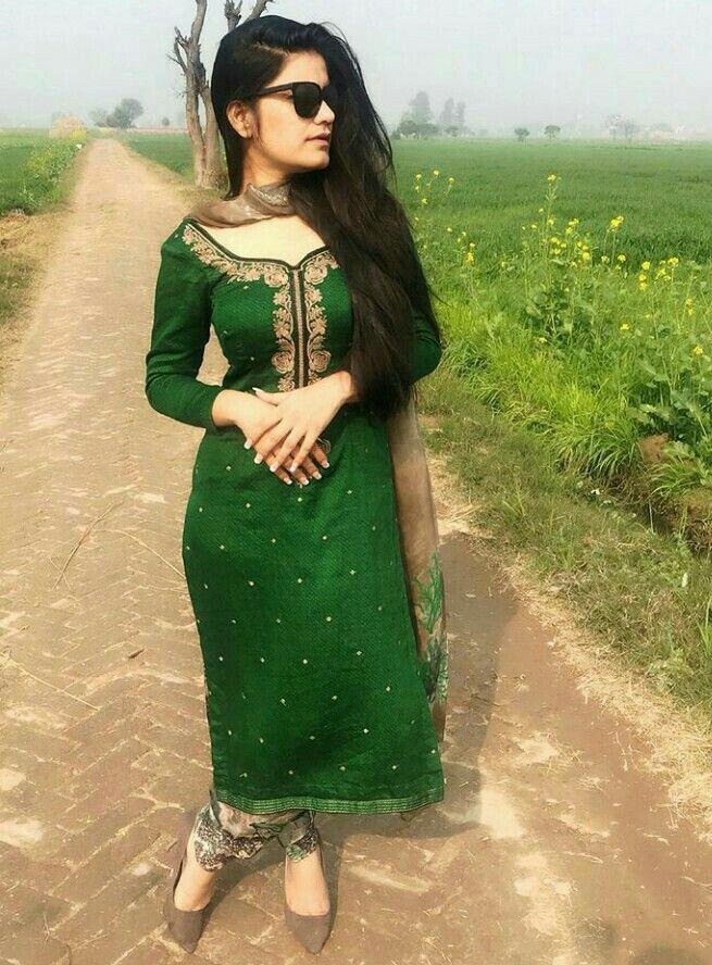 Pin by Haya Suleyman on dpz like that | Pinterest | Punjabi suits ...