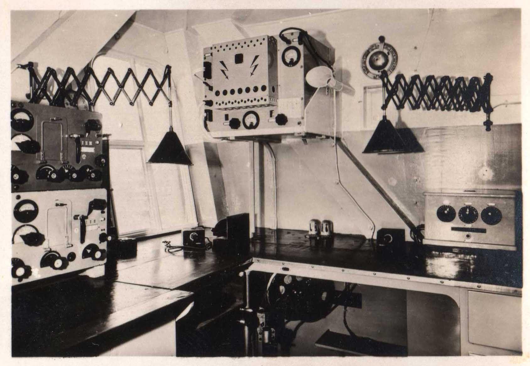 Radio Room, Graf Zeppelin, 1934