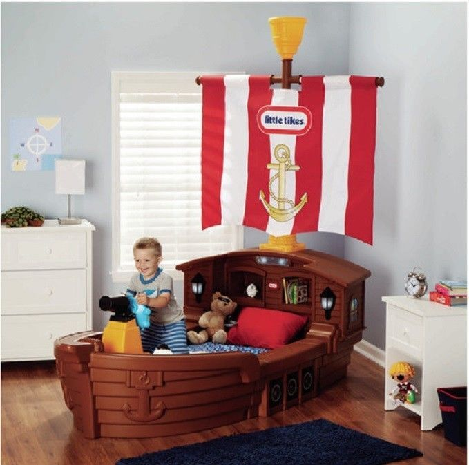 Boat Bed With Trundle And Toy Box Storage: Features: Durable Themed TODDLER BED Ship's Wheel Built-in