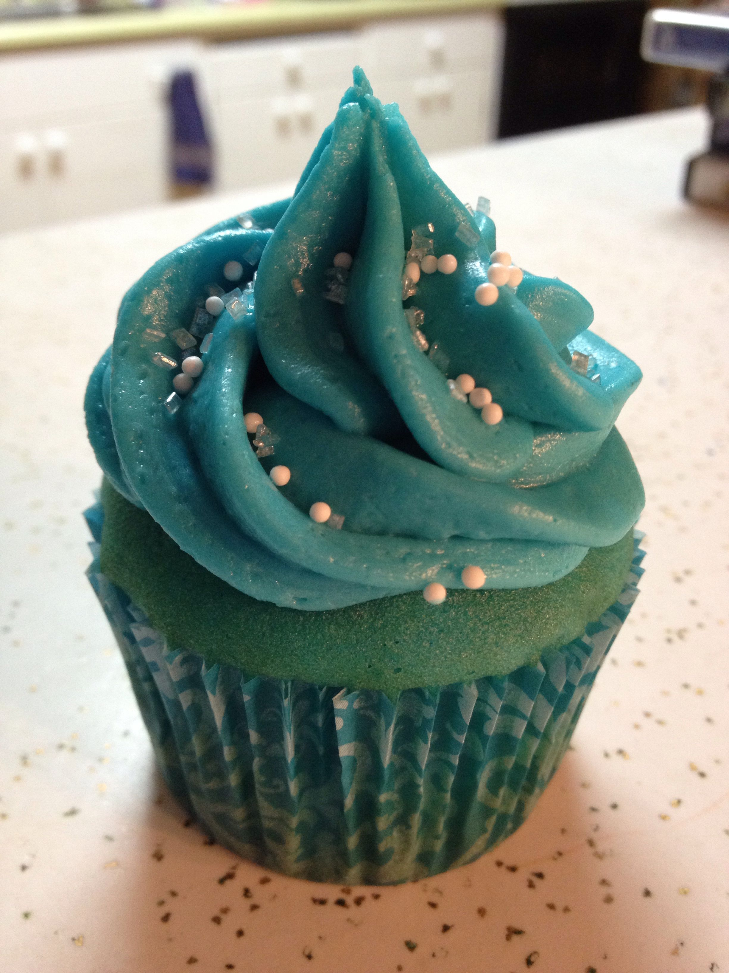 Frozen inspired cupcakes