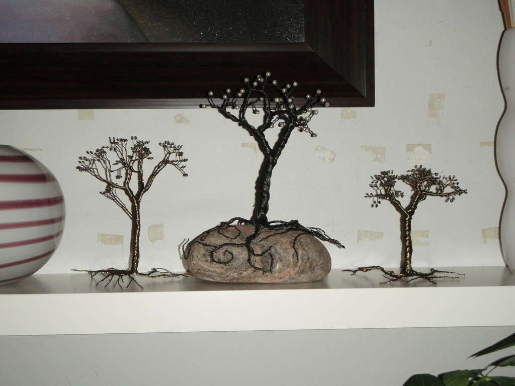 Make a Tree from Jewelry Wire | Wire Trees - Must Make | Pinterest ...