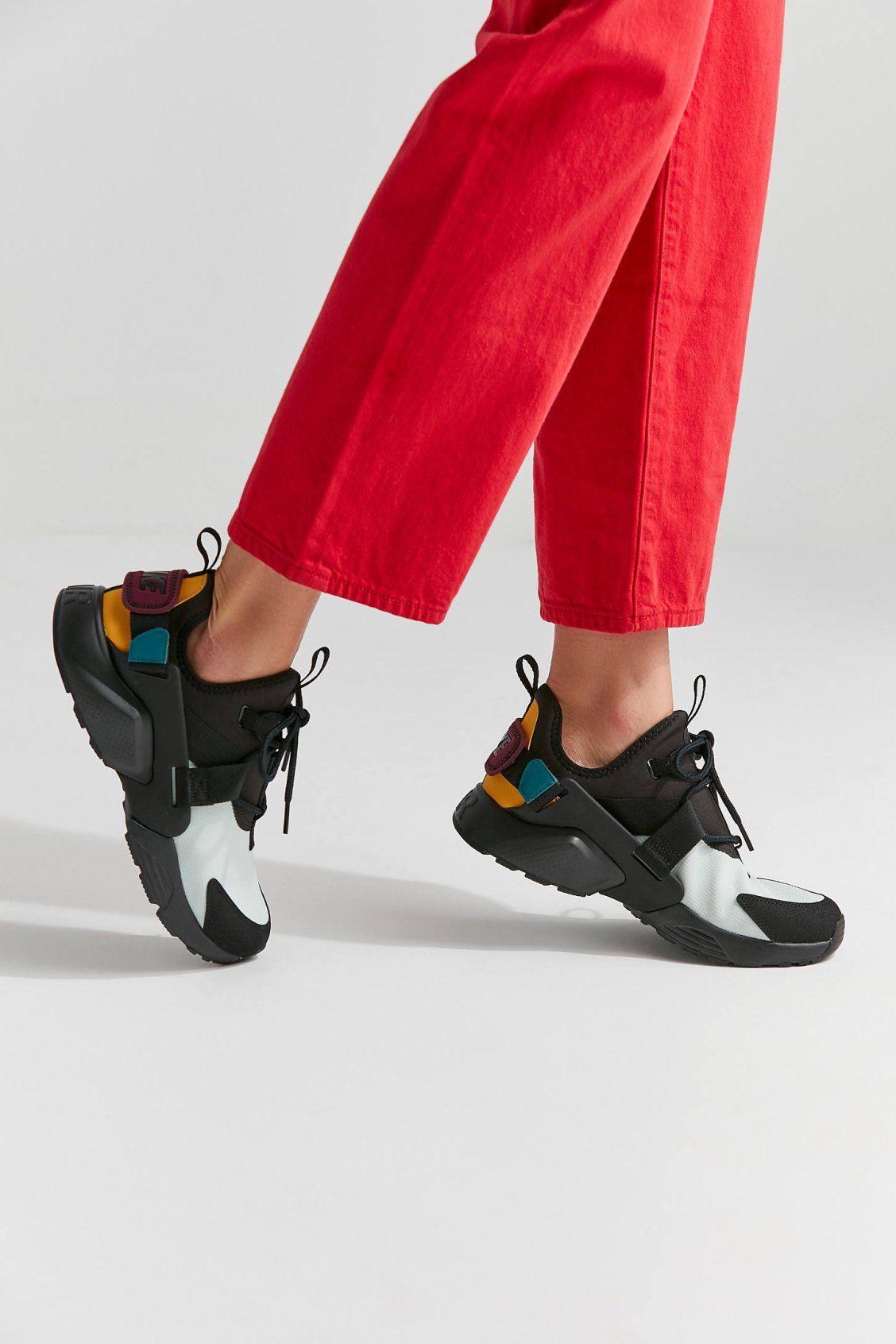 5cc8aea7c329 Nike Air Huarache City Low Sneaker in 2019