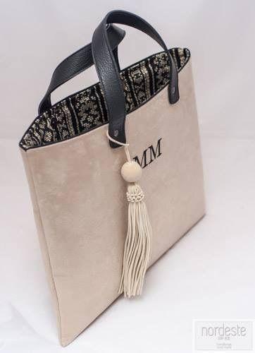 #nordestehandbags #nordeste #chic #handmade #handbags #bags #clutch # #iniciales #bolsobordado #fashion #personalizado #tudiseñastubolso #santander #barcelona